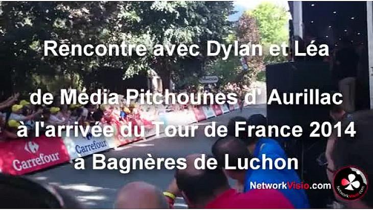 Média Pitchounes au micro de Michel Lecomte de NetworkVisio à l'arrivée du Tour de France à Bagnères-de-Luchon